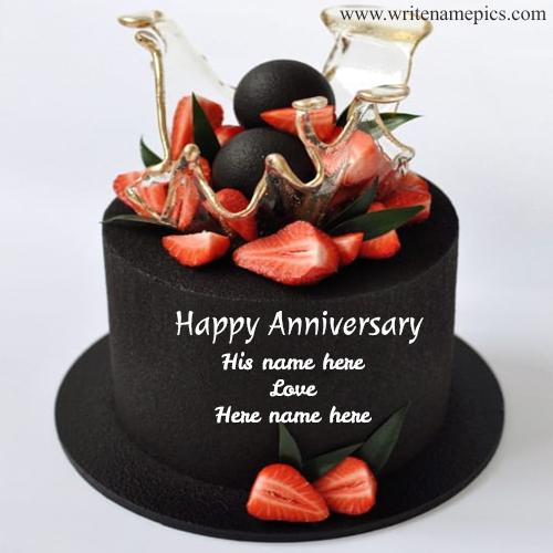 write couple name on anniversary cake