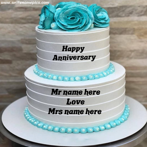 Greet a happy anniversary to couple with their name on cake